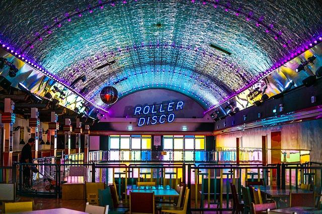 roller-skating-2740936_640.jpg